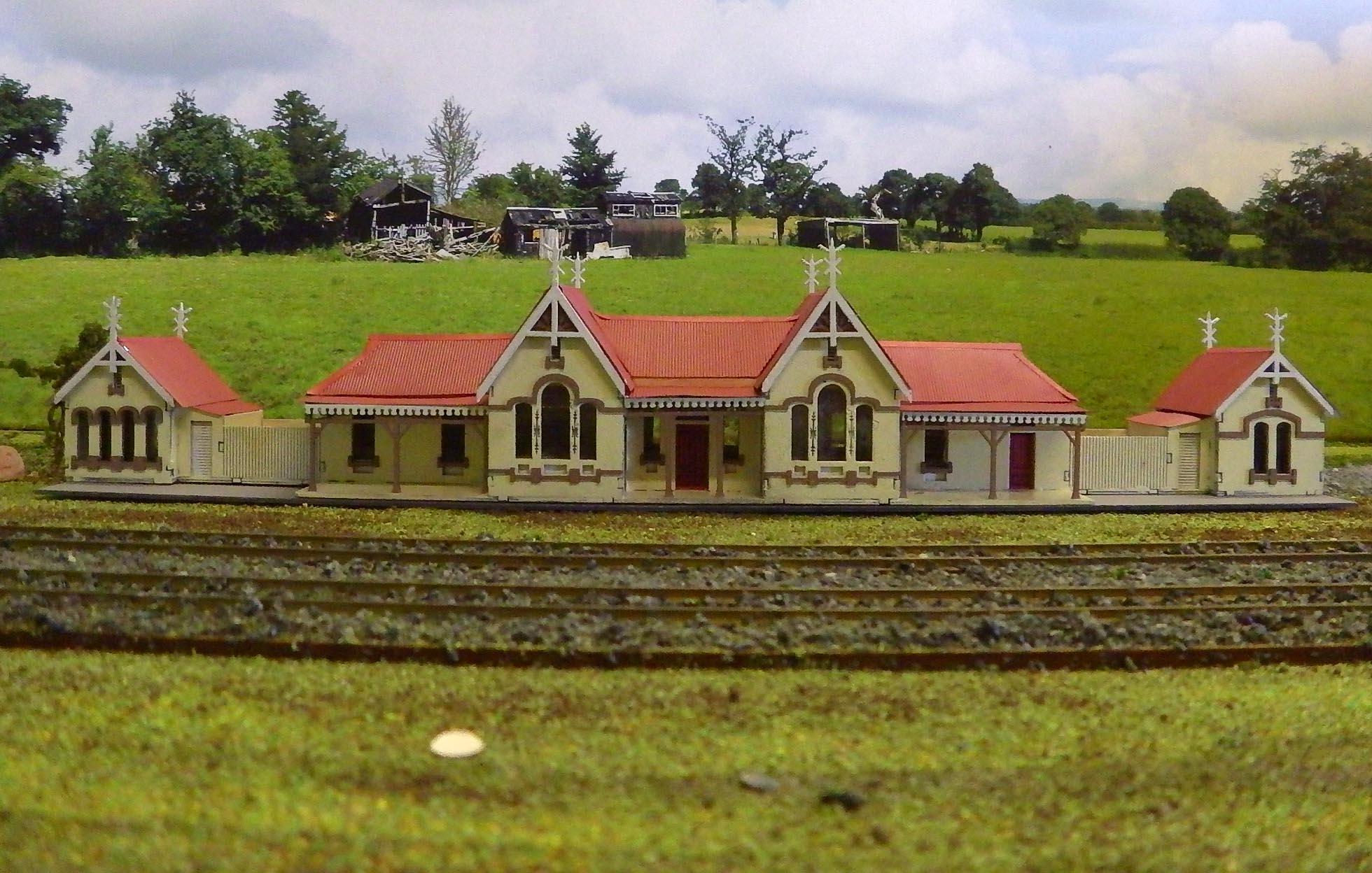 N Scale Nswgr Tenterfield Station Walker Models